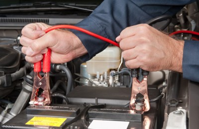 How To Use Jumper Cables?