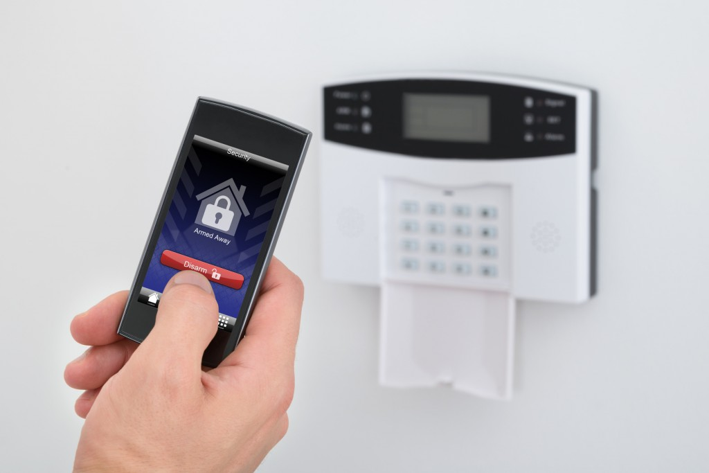 How To Keep Your House Secure With The House Alarm Systems?