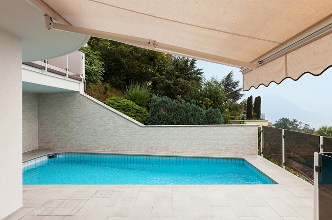 Install The Shades To Protect Your Pools