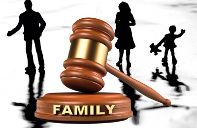 Four-Reasons-to-Get-a-Family-Lawyer