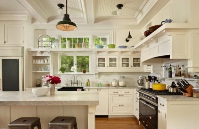 Making A Smaller Kitchen Appear Larger With A Kitchen Renovation