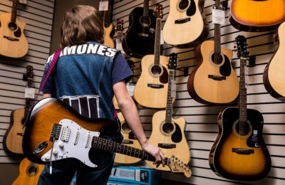 Traveling To Your Next Gig? How Musicians Can Protect Their Instruments