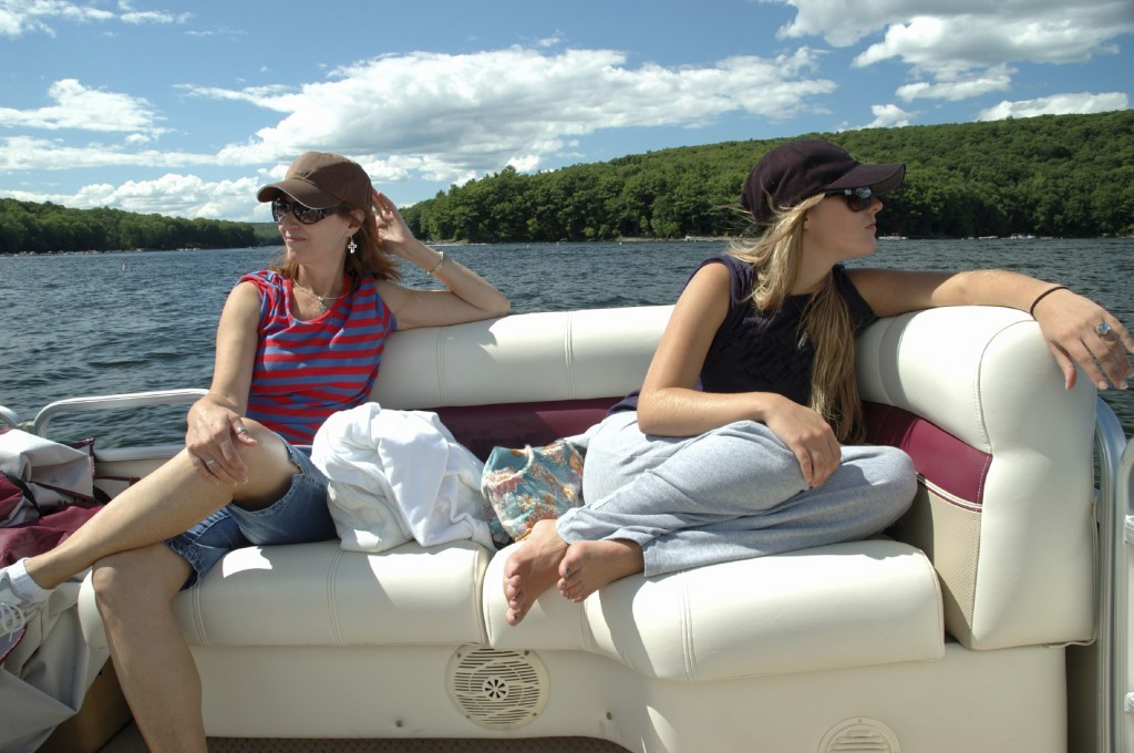 Fun Ideas On A Pontoon Boat While On Family Get Away