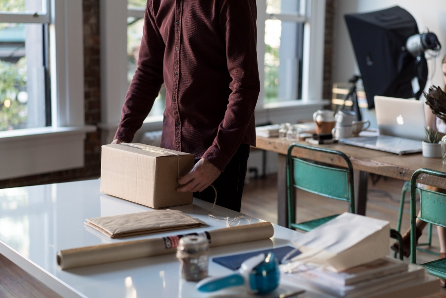 4 Tips For New Business Owners To Handle Shipping and Supply