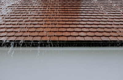 4 Signs Your Roof Needs To Be Replaced Instead Of Repaired