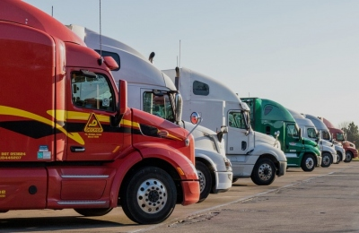 How To Monitor and Care For Trucking Tires When Managing A Fleet