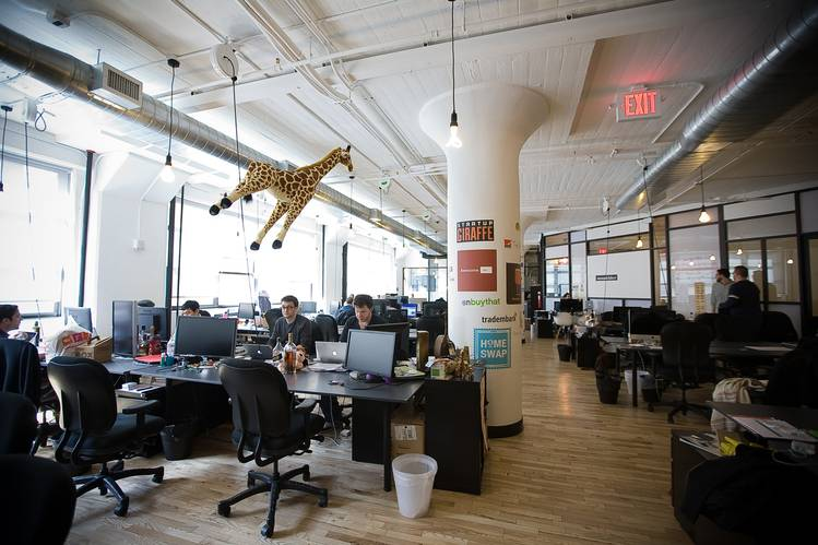Ways to Make Your Work Space Comfortable and Inviting For Your Employees